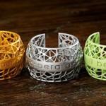 Оригинальные цветные браслеты, созданные при помощи 3D-печати, в подарок