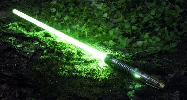 3D-печать дизайнерских деталей для рукоятей световых мечей